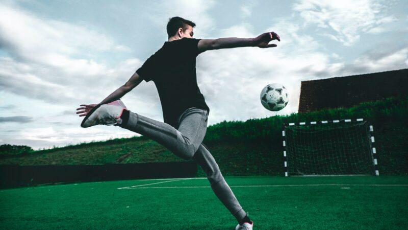 Wer UEFA kritisiert, sollte für Klarstellungen im Gemeinnützigkeitsrecht sorgen